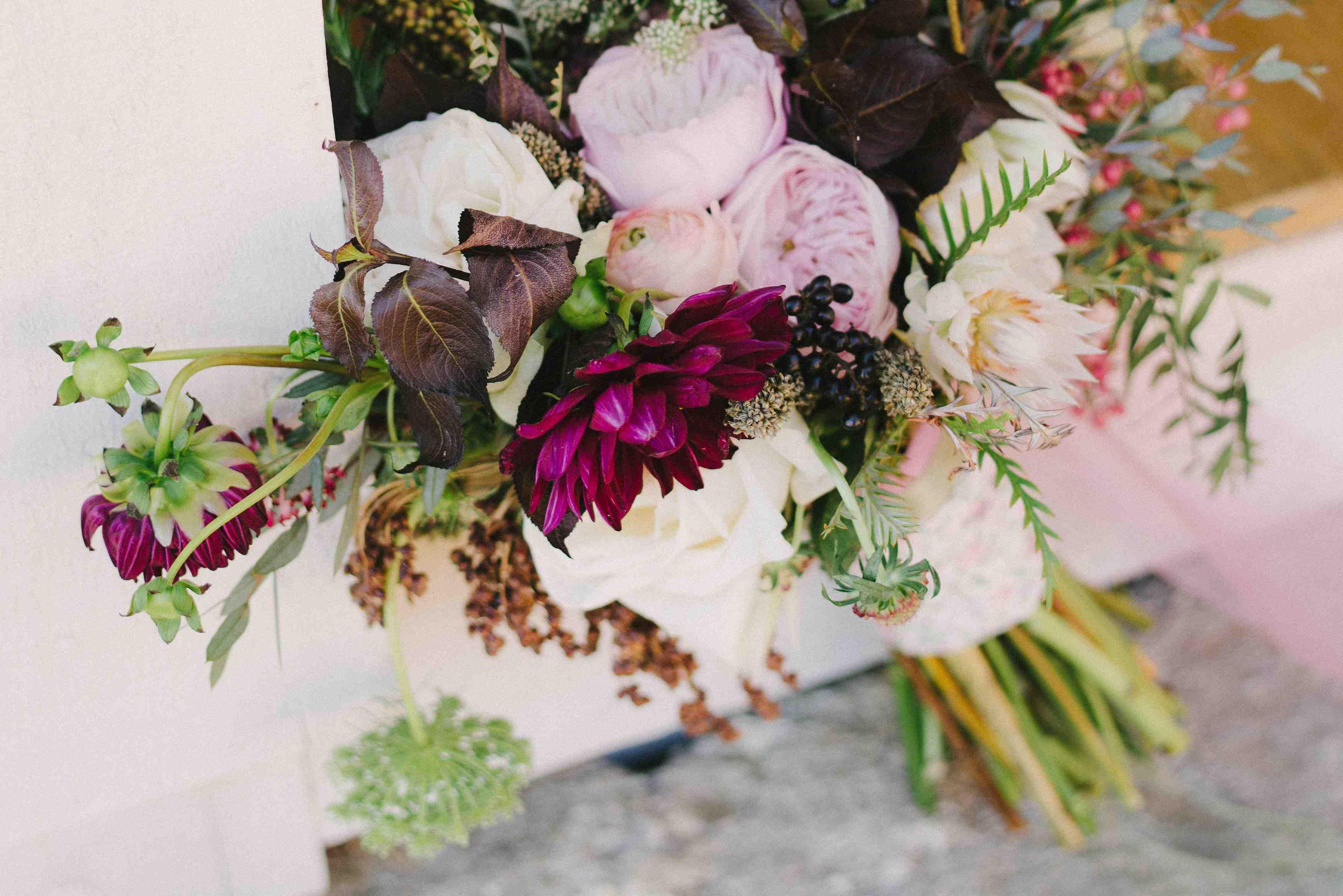 Kitz farm lotus floral designs 603 491 4063 gorgeous wedding photo lindsay hackney photography dhlflorist Image collections