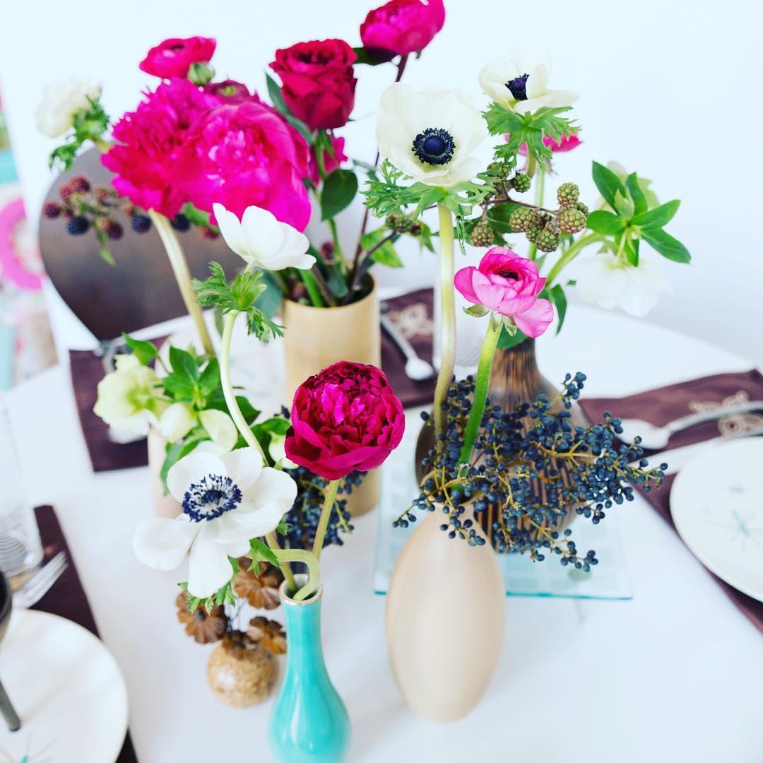 Modern Lotus  @sagestudiosphotography #photoshoot #peonies #anemones #aqua #flowerart