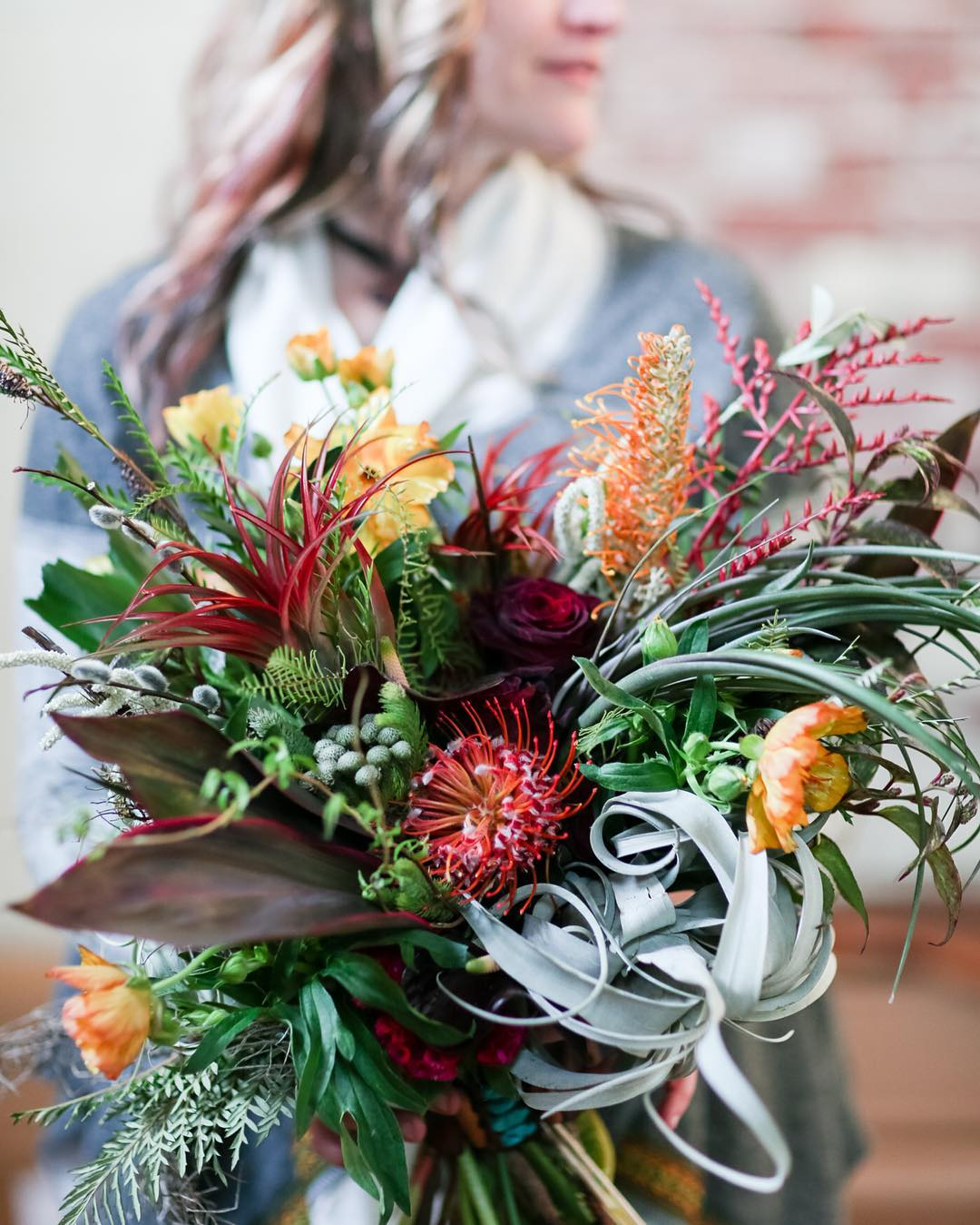 be{swoon} @rodeoandcophoto  #boho #bohochic #bohostyle #shegotmygoodside #lovethis #texture #airplants #protea