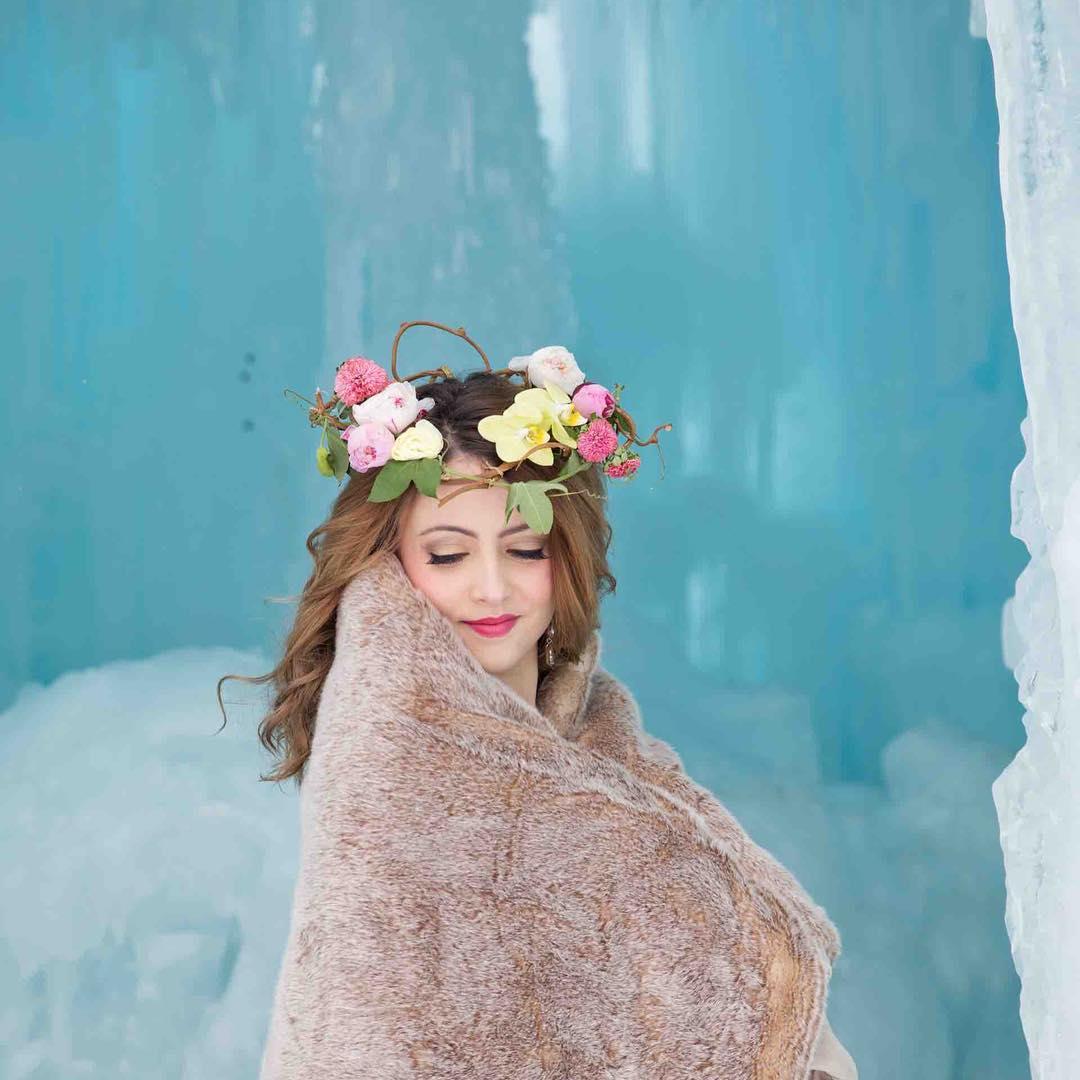 {winter bride} @sagestudiosphotography  #icecastle #winterbride #floralcrown #nhweddingflorist #nhweddings #whitemountains #lotusfloraldesigns #theknot