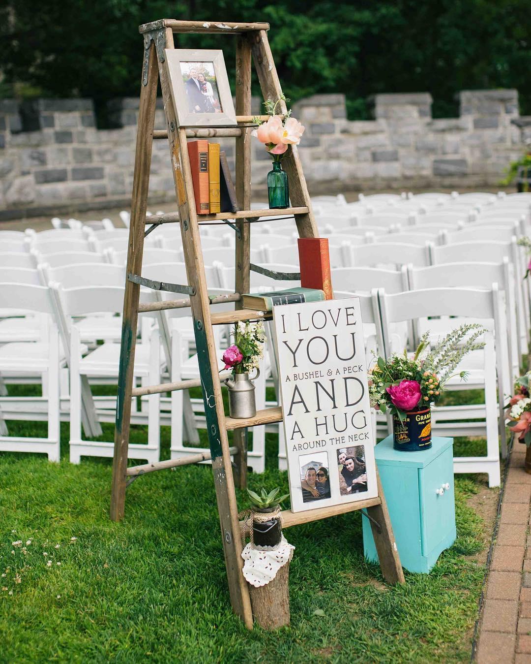 {shabby chic} photo | @callanphoto  #vintage #shabbychic #aislestyle #aisledecor #ceremony #thelittlethings #lotusfloraldesigns #weddingflorist #searlescastle