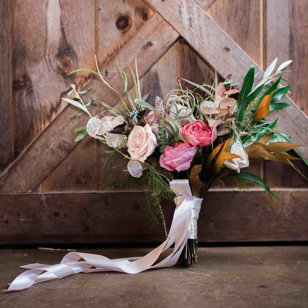 {hers} photo | @abphotonh  #bridebling #bouquet #accessory #barnwedding  #rustic #nhwedding #blush #prettyflowers #lovely #lotusfloraldesigns #weddingflorist