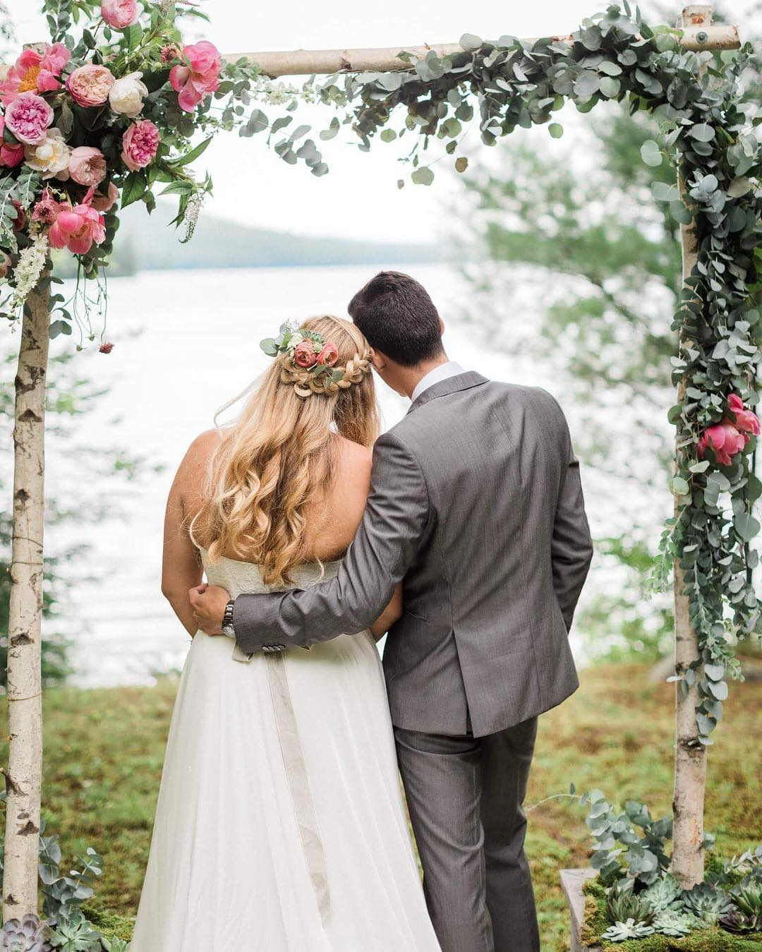 {love} photo | @jharperphoto  Still swooning over Nate & Michelle's wedding Thursday on Squam Lake. It was perfection❤