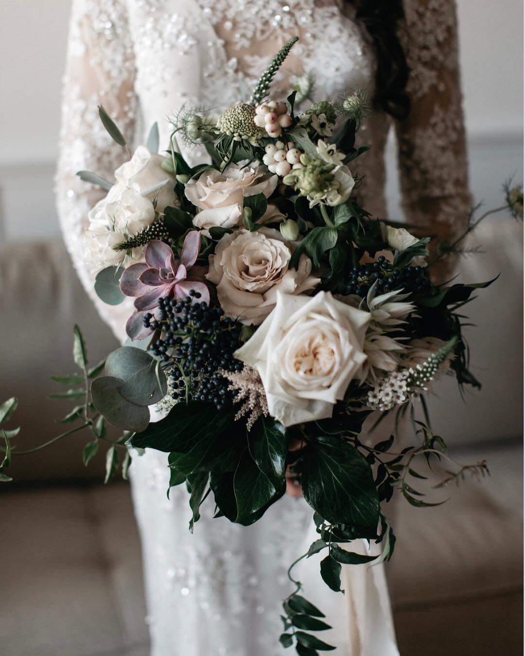 {love} photo | @jessjolinphotography . . . #gorgeousness #brideflowers #inlove #bridebouquet #amazingpic #sopretty #lush #florals #whimsical #roses #berries #greenery #interesting #lotusfloraldesigns