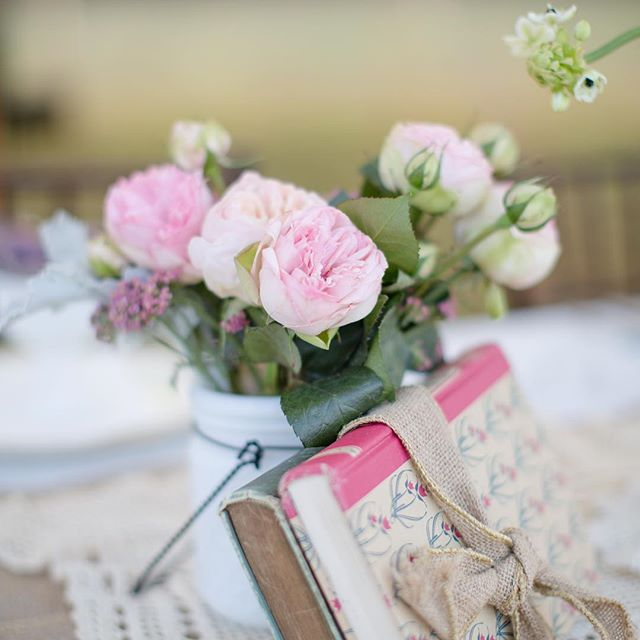 {vintage•ness} • photo | @jharperphoto • • #styledshoot #vintage #rustic #decor #gardenroses #blush #milkglass #simple #lotusfloraldesigns #weddingflowers