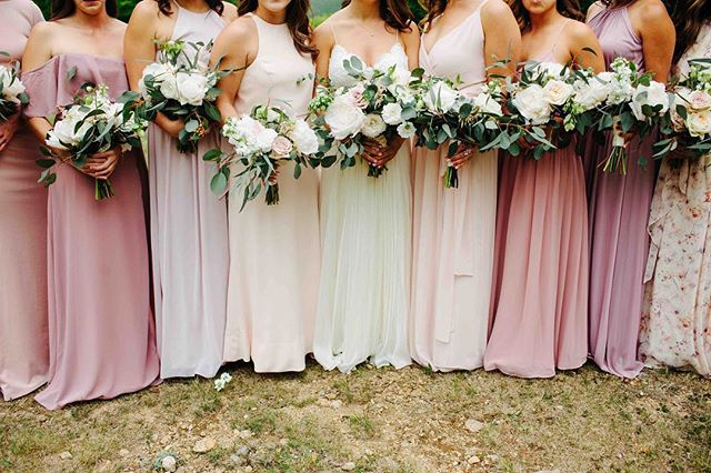 {bride•tribe} photo | @kpietrowski . . #bridetribe #herpeeps #bohobabes #weddingparty #mismatched #pinks #boho #bouquets #bridesmaids #thosedresses #love #lotusfloraldesigns #flowers