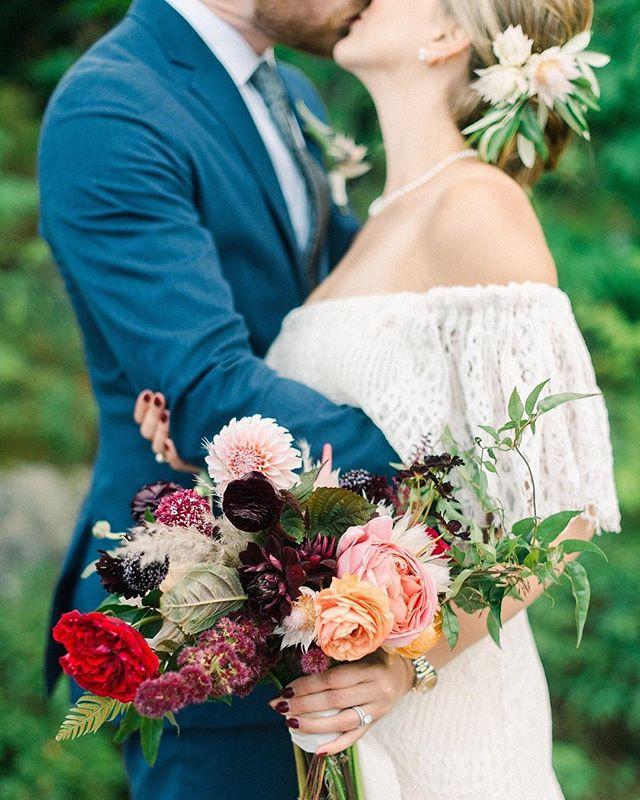 {lea + james} photo | @jennidarling . coordination | @nhwedplanner . . #ido #justmarried #forever #bouquet #love #bohostyle #lotusfloraldesigns #weddingflorist #prettyflowers #romantic #sweetness #nhwedding #lakesregionwedding