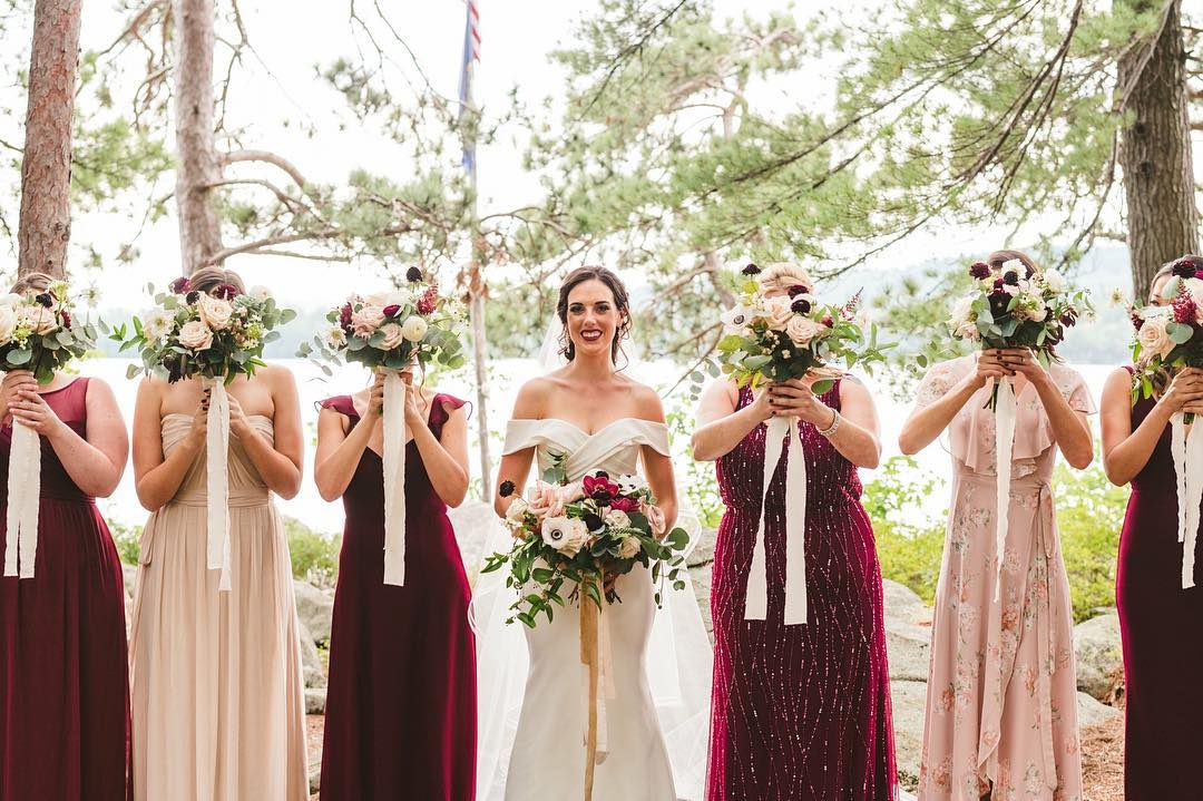 {adorbs} photo | @callanphoto  planning/design | @nhwedplanner . . #girlsjustwannahavefun #lovelies #bouquets #weddingday #bridetribe #hergirls #nhwedding #lakesidelove #lotusfloraldesigns #weddingflorals