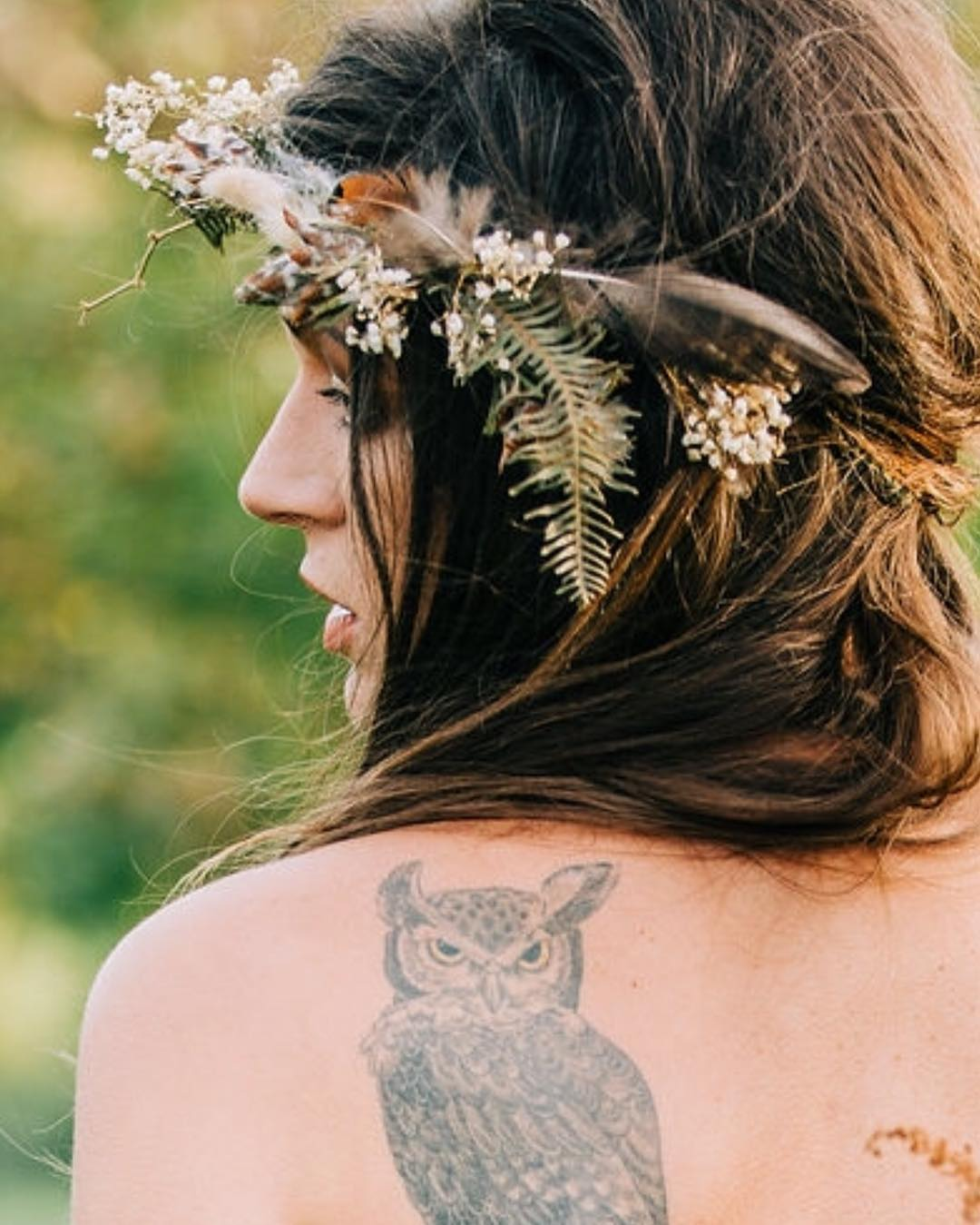 Happy birthday to this lovely lass- beautiful inside & out❤️ . photo | @erikafollansbee . . #boho #bohostyle #bohobride #gorgeous #weddinginspo #flowercrown #flowers #weddingdesign #styledshoot #getcreative #collaboration #lotusfloraldesigns #love