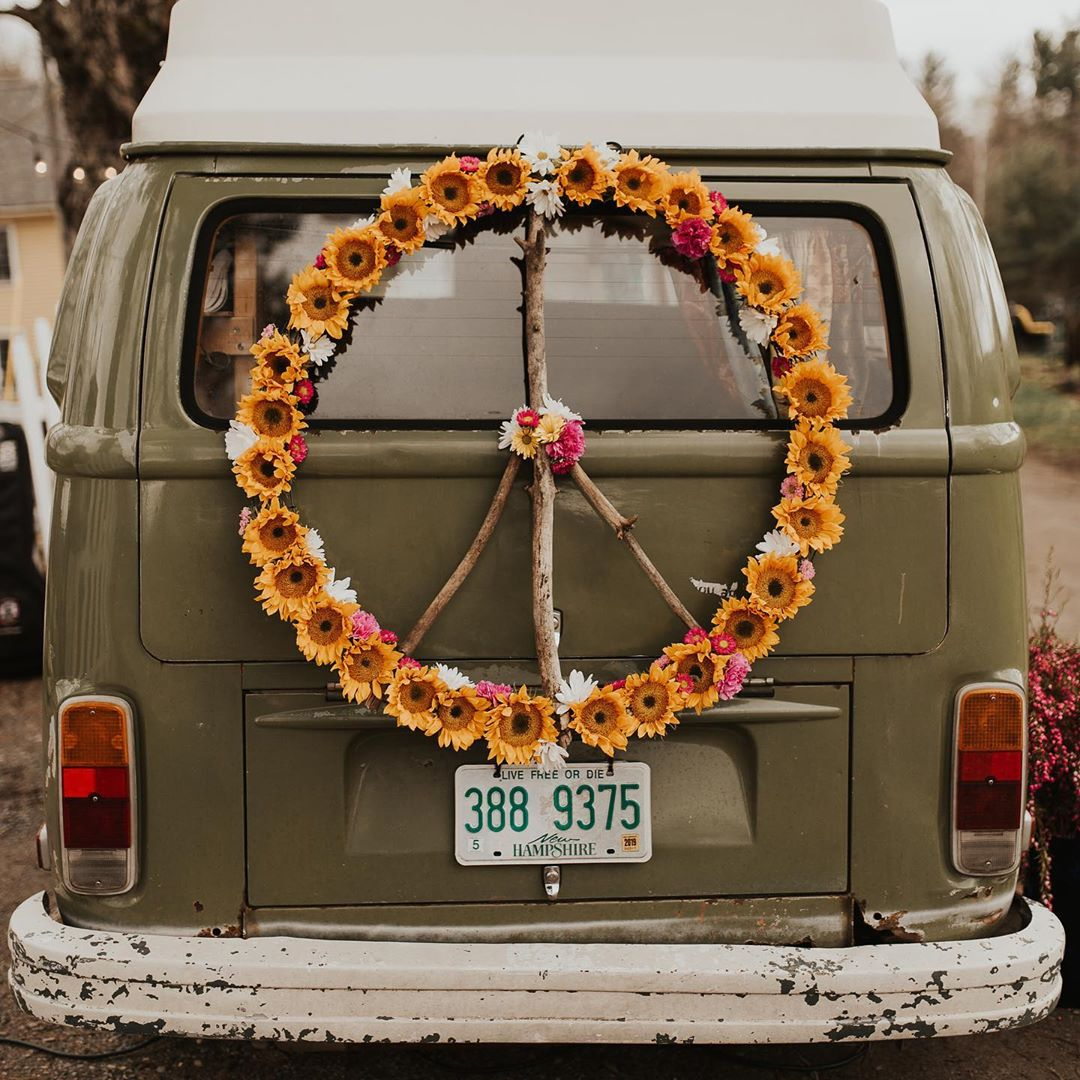 {peace train} . . photo | @shelbyrosephoto  planning| @wildandwedplanning  photo bus| @anamericanroadstory  venue | @monadnockberries . . #peaceandlove #peacetrain #weddingday #flowers #love #peace #lotusfloraldesigns