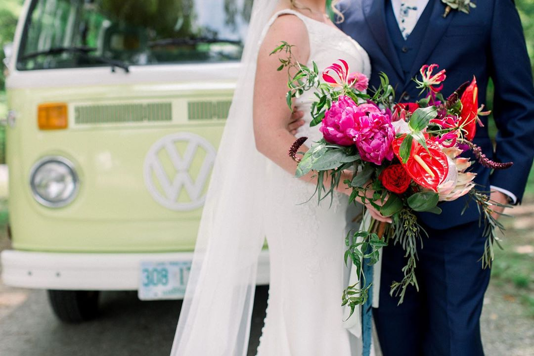 {✌🏻❤️ + forever} photo | @kate_preftakes . planning | @eventsbysorrell . . #ido #weddingday #boho #bouquet #weddingstyle #justhitched #coolcats #lotusfloraldesigns #love