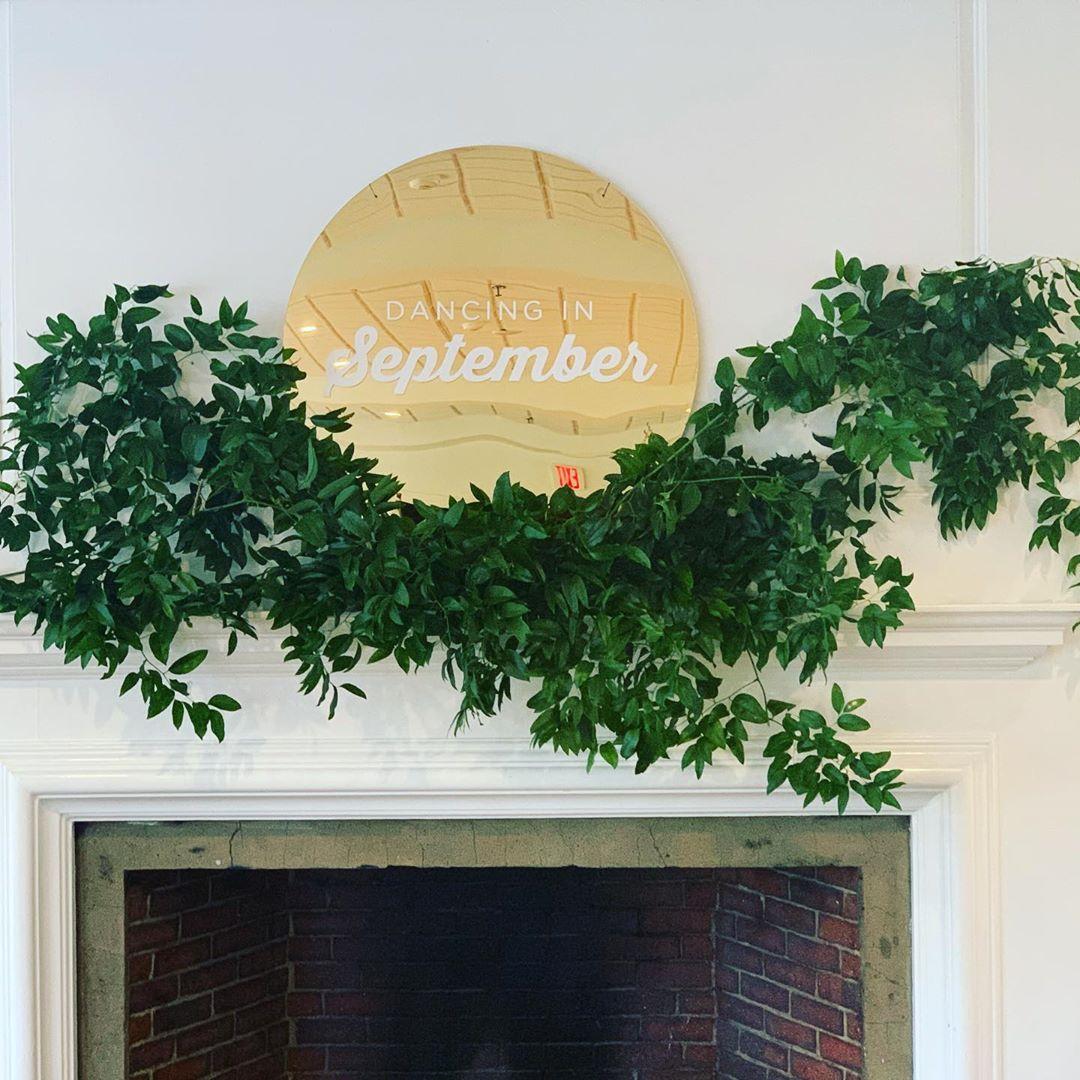 {mantle bling🌅🌿} . . #decor #greenery #smilax #risingsun #mantledecor #dancinginseptember #love